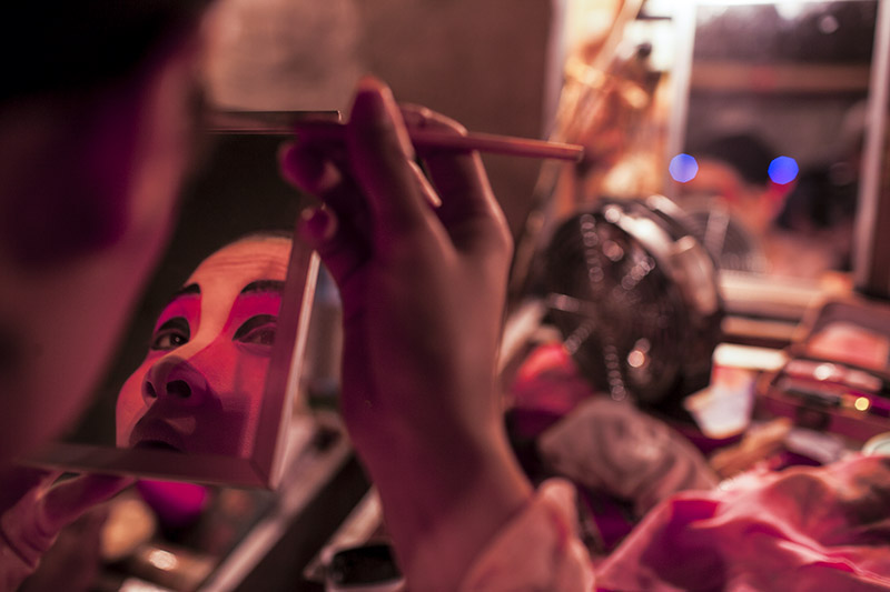 Opera performer_chiang mai_thailand_1