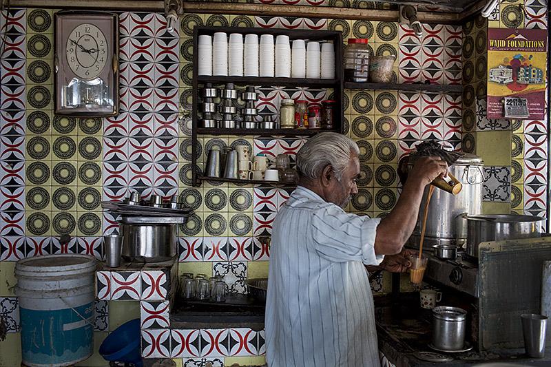 Tea stall_mylapore_chennai_india_hagerman_11_22_13